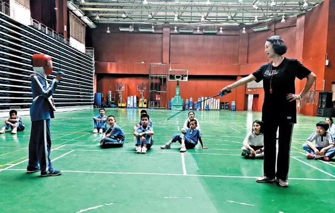 国家队教练执教海旺学校
