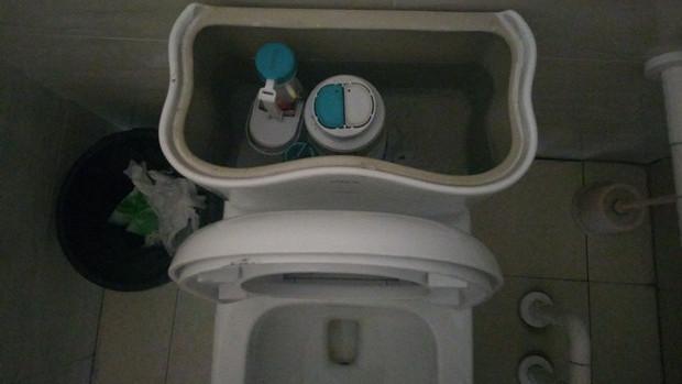 厕所升级改造 市人民医院已花费4万元