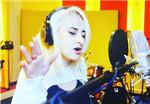 Russian singer to release original bilingual songs in SZ