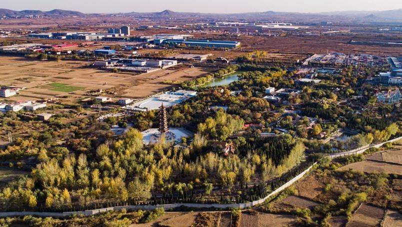 河北武安:城郊荒地变身生态公园
