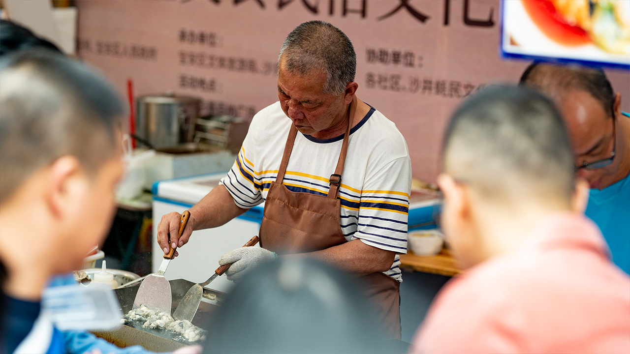Oyster festival in Shajing