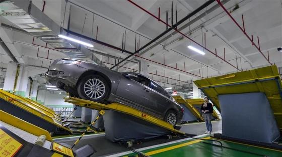 重庆投用平面斜置式智能停车库