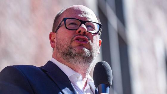 波兰格但斯克市长遇刺 伤重不治身亡