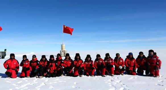 记者手记:冰穹A的诱惑——南极冰盖之巅见闻