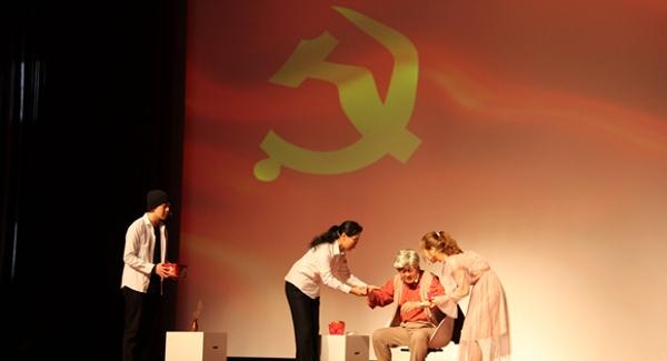 创新形式反响热烈 海乐社区上演特殊党课《为什么入党》