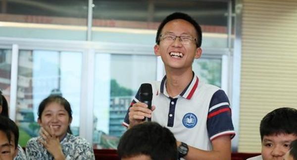 青春心向党建功新时代 2019宝安中学生团务知识竞赛落幕
