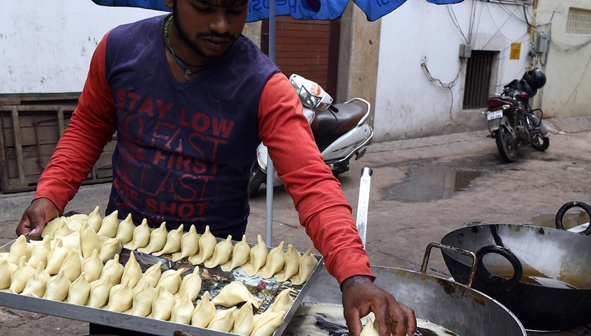 印度街边炸货摊