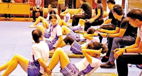 龙华区7263名学生参加体育中考