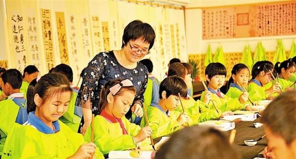 宝安小学书法教育成全国示范