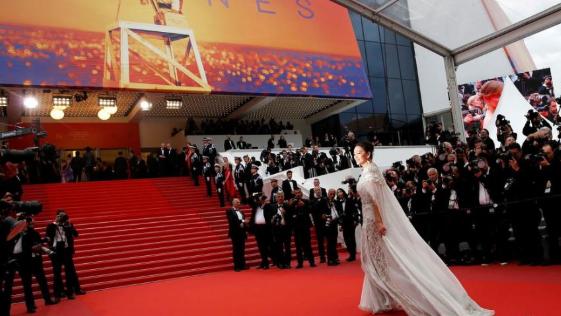 第72届戛纳电影节开幕 红毯群星闪耀