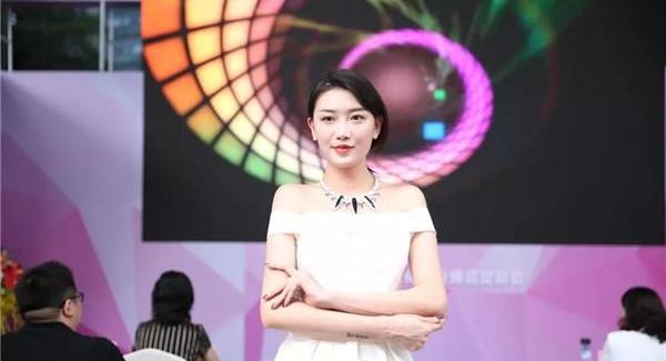 聚焦珠宝文化 第十五届文博会金展珠宝广场分会场开幕