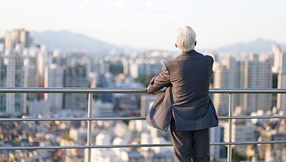 为让老年人工作到70岁,日本推出七大举措