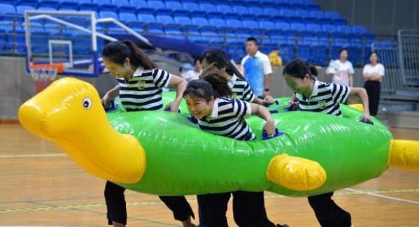 来深青工文体节趣味体育比赛在盐田体育中心落幕