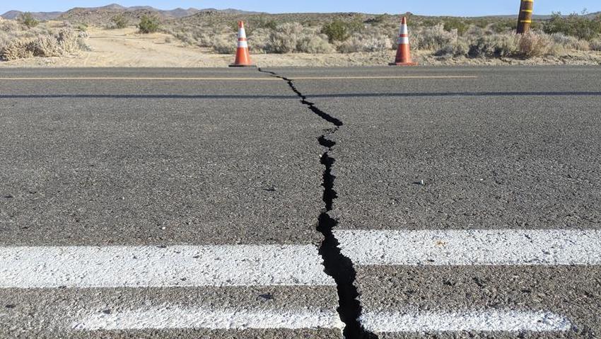 美加州強震過后余震頻繁 震中地區進入緊急狀態