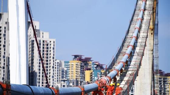 重慶鵝公巖軌道專用橋加緊施工