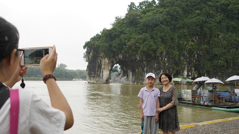 广西桂林受洪水影响景区陆续开门迎客