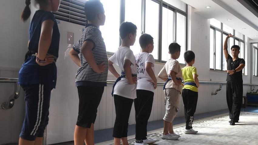 江苏昆山:昆曲从孩子抓起