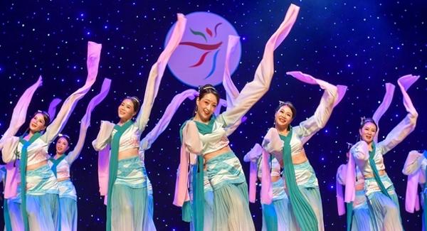 """""""鹏城金秋""""市民文化节宝安赛区广场舞大赛起舞!"""