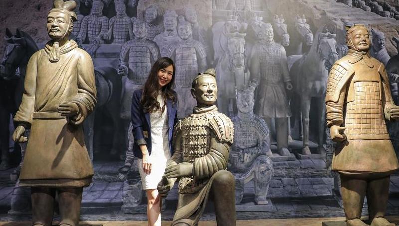 秦始皇戎马俑初次在泰国展出