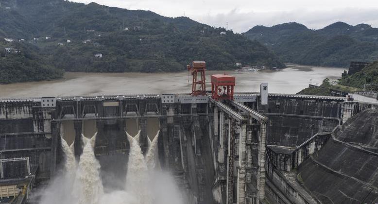 安康水電廠平穩度過入汛以來最大洪水