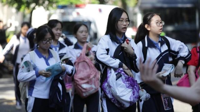 权威发布!市教育局回应:乐虎国际新中考综评结果不计入中考总分