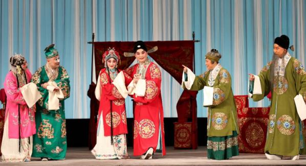 第二屆福田京劇藝術節閉幕演出再現梅派經典名劇《鳳還巢》
