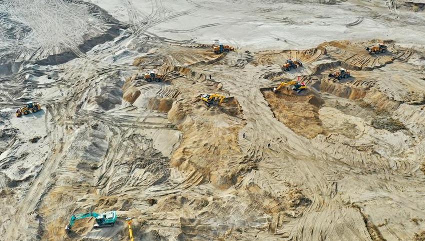 河北石家庄:生态修复滹沱河