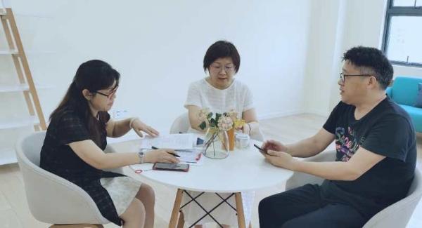 《校傲江湖》名师宝典| 南外高级中学崔轶楠 : 做有温度的教育人