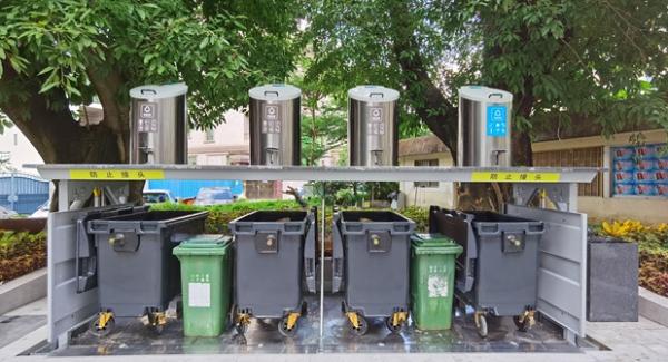 深圳首个社区地埋式垃圾桶投入使用