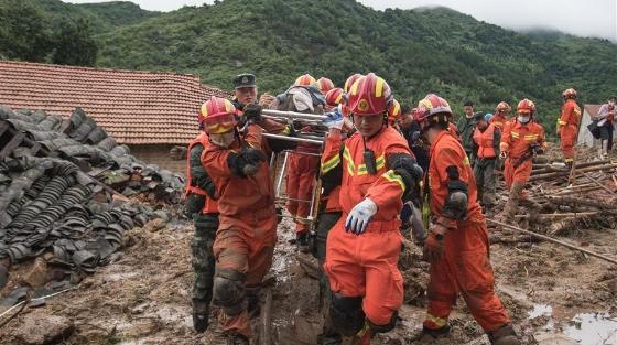 湖北黄梅山体滑坡救出1人 另发现2人有生命体征