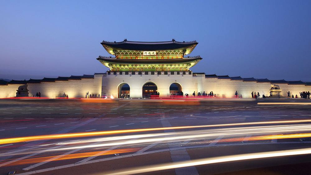 5万多人!韩国光化门广场举行大规模集会,已104例确诊!