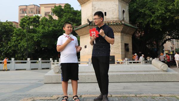 """深圳少年直播""""带货""""历史文化 讲述凤凰古村的故事"""