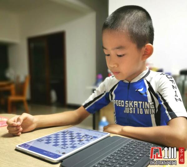 市中小学生国际象棋竞赛圆满落幕 参赛人数创历史新高