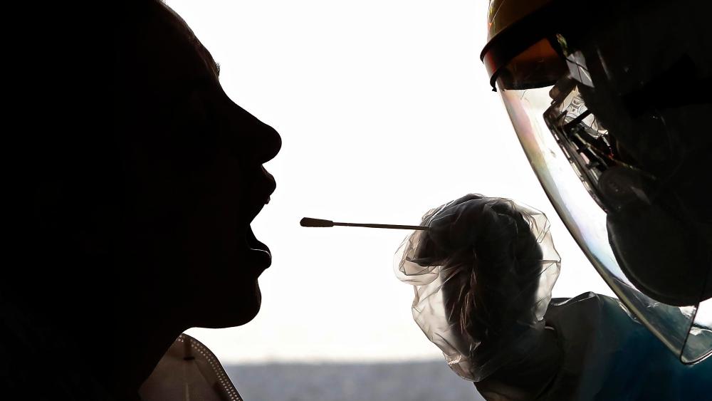 香港普检今日正式开始 林郑月娥将率队接受检测