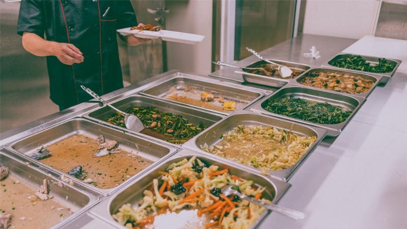 教育部:学校食堂实行大小份半份拼菜制度