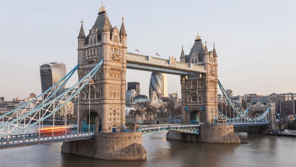 """多地感染、住院人数攀升 英国濒临二度全国""""封城""""?"""