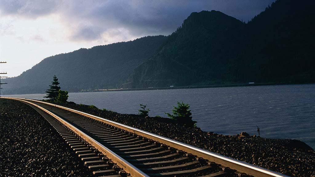 美国首条高铁线路获批:达拉斯至休斯顿,最早明年开工