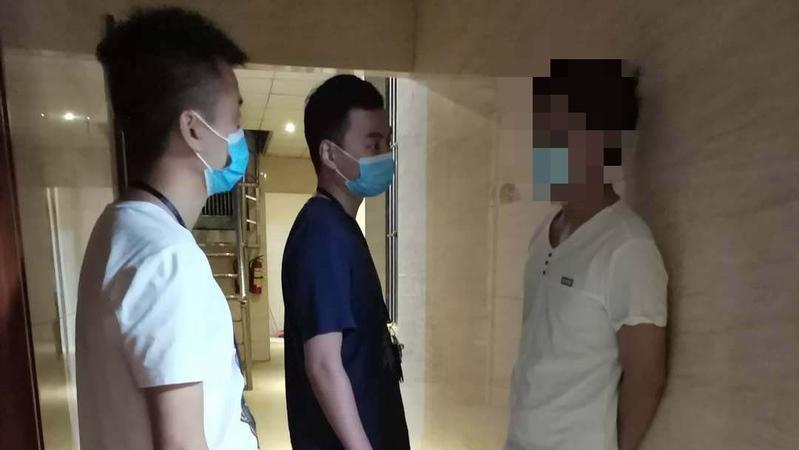男子盗窃手表 民警缜密侦查抓获嫌疑人