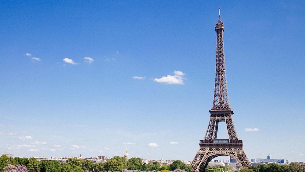 法国宣布抗疫新措施:马赛将关闭餐馆酒吧巴黎限制聚会人数