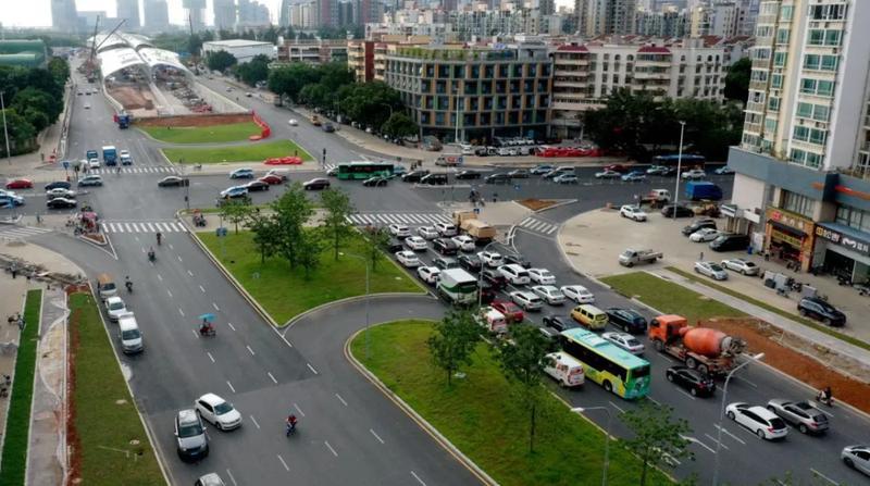 速看!桂庙路快速改造工程接近收尾,白色跨线桥清晰可见!