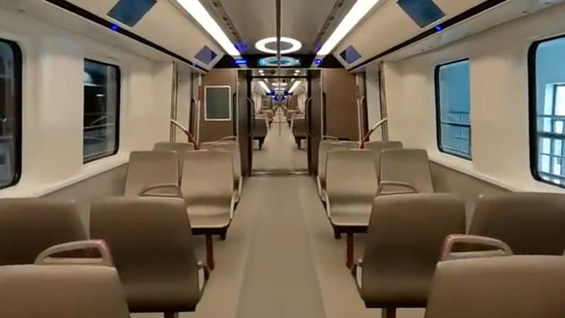 160km/h!国内最高时速地铁列车亮相广州