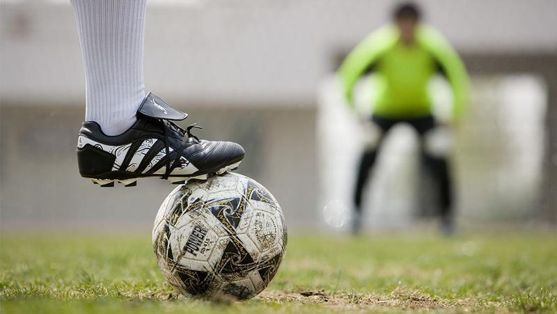 七部门:到2022年中小学生参加足球运动人数要超三千万
