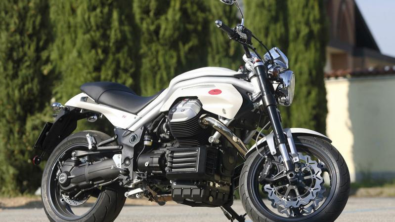 摩托车也卖爆了!进口车销量增八成!连摩托车4S店都有了...