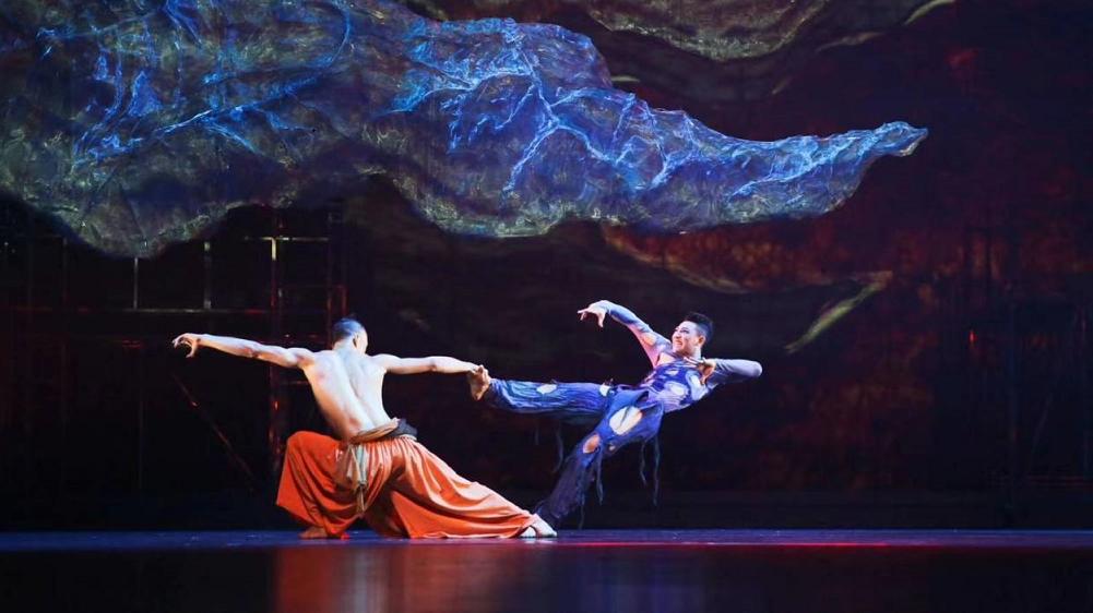 音乐剧《重生》深圳首演 致敬缉毒英雄和公安民警