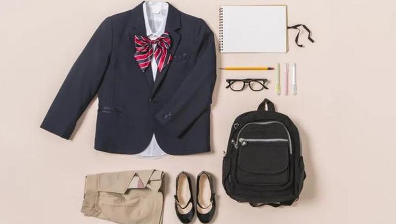 太贵了!一套700多元,小学生校服都是这个价了吗?