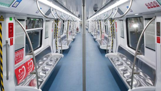 IN视频|地铁8号线站点长啥样?深网记者带你提前探营