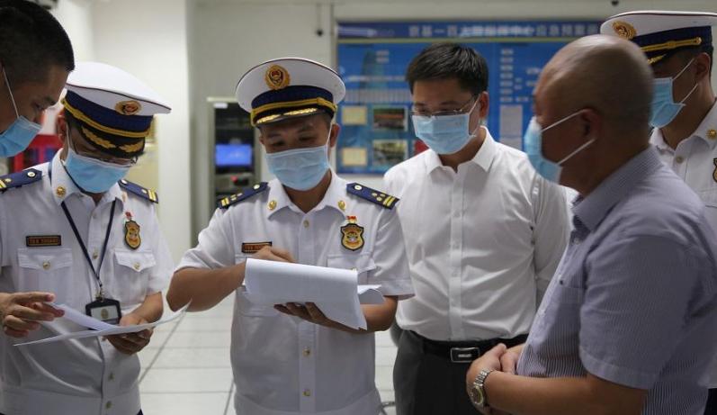 深圳消防开展节前消防夜查行动 全市排除火灾隐患8527处