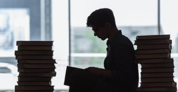 中国石油大学拟清退1869名网络教育学生,均已超学习年限