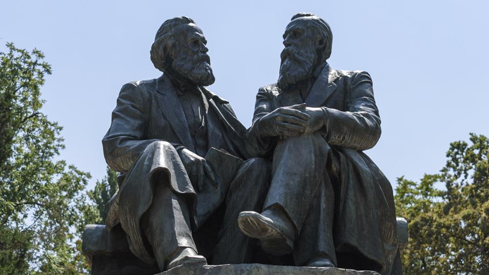 中英举行活动纪念恩格斯诞辰200周年