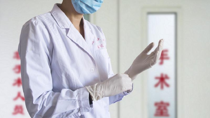"""江苏援鄂医生将蒙古国捐赠40斤羊肉转赠""""三无""""病人"""